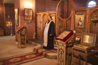 Первая служба в Успенском храме