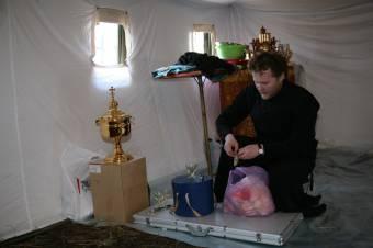 Подготовка к первому богослужению